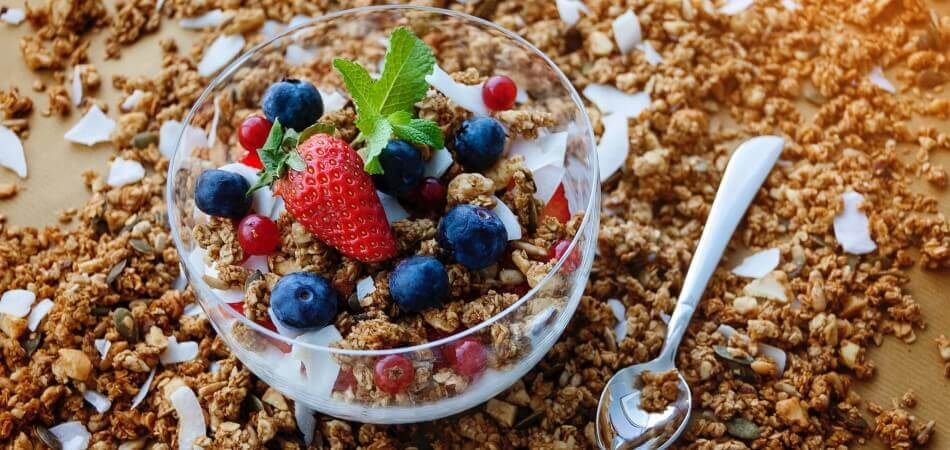 Lazzaris, Italian Breakfast, Yoghurt and fresh fruit